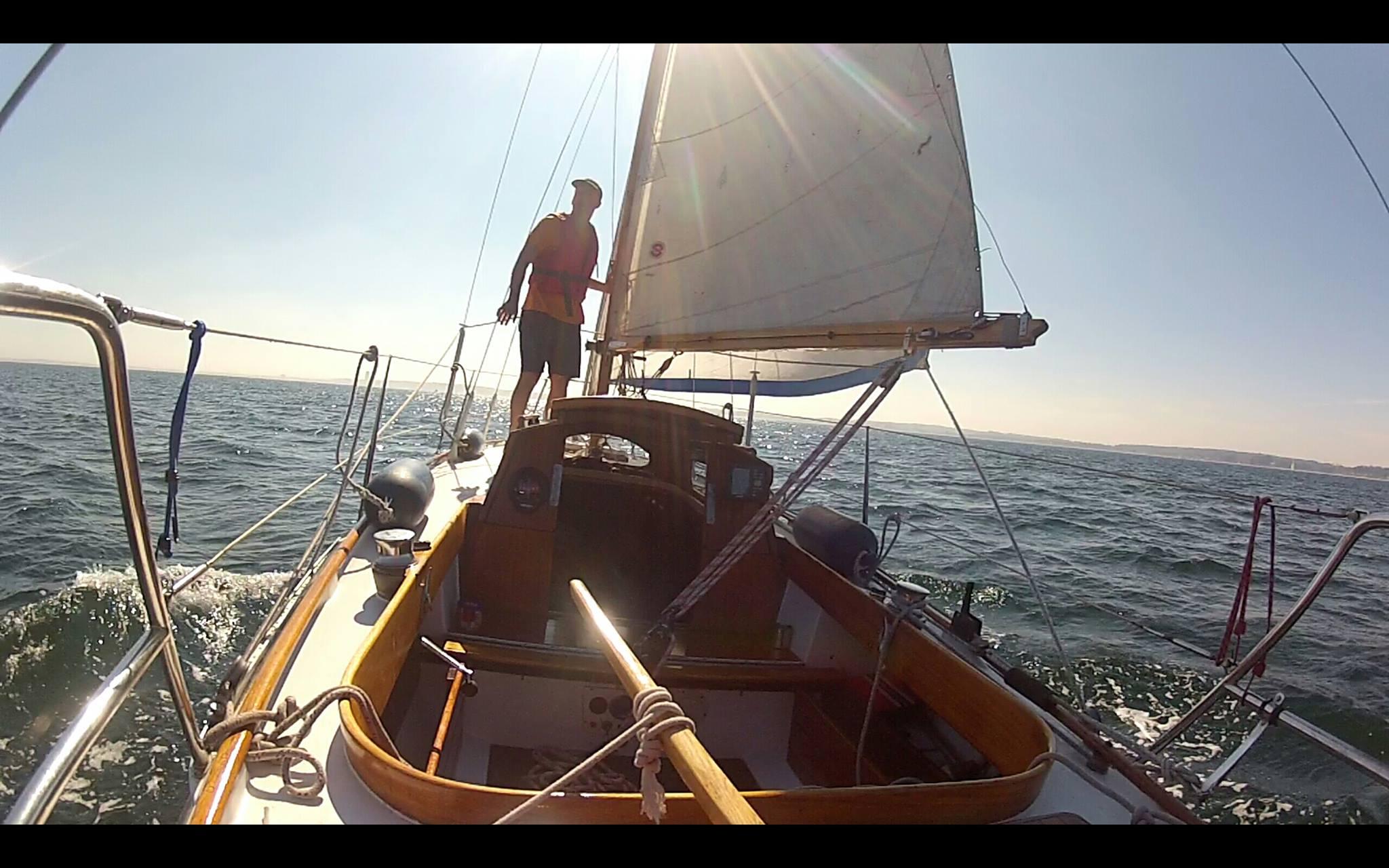 Nimbus 26 sailing single handed